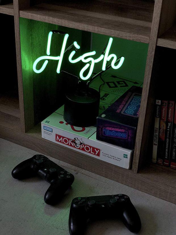 neon high sign stoner girl decor heyhellohigh