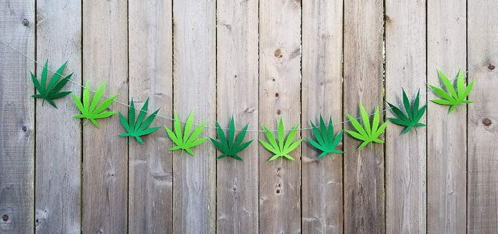 paper pot leaf garland stoner home decor heyhellohigh