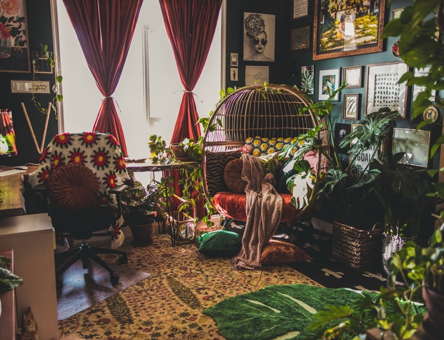 Bohemian style stoner girl bedroom via HeyHelloHigh